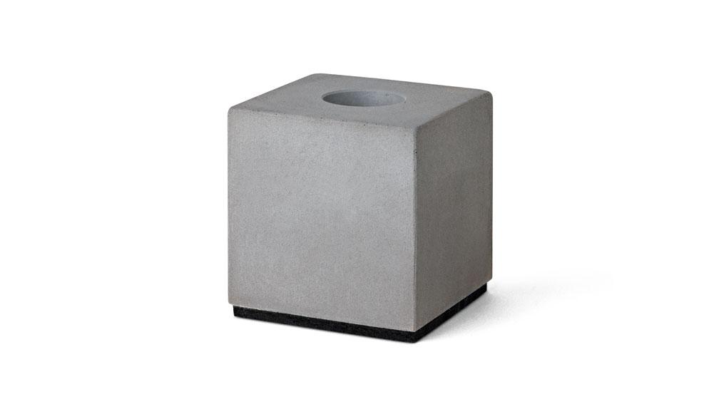 kerzenleuchter f r stabkerzen aus beton korn produkte. Black Bedroom Furniture Sets. Home Design Ideas