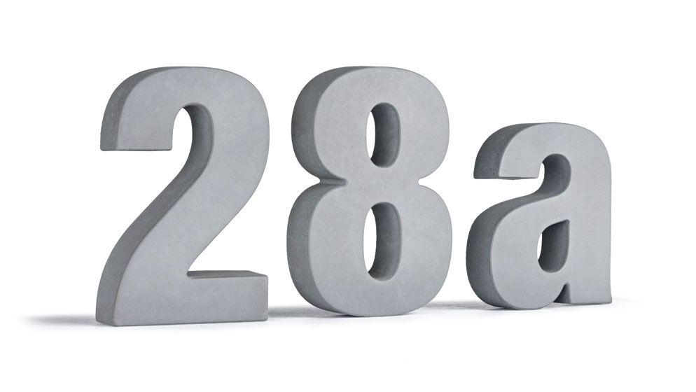 Hausnummer aus Beton