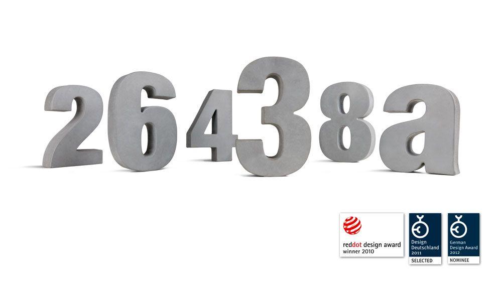 Hausnummer Extra aus Beton